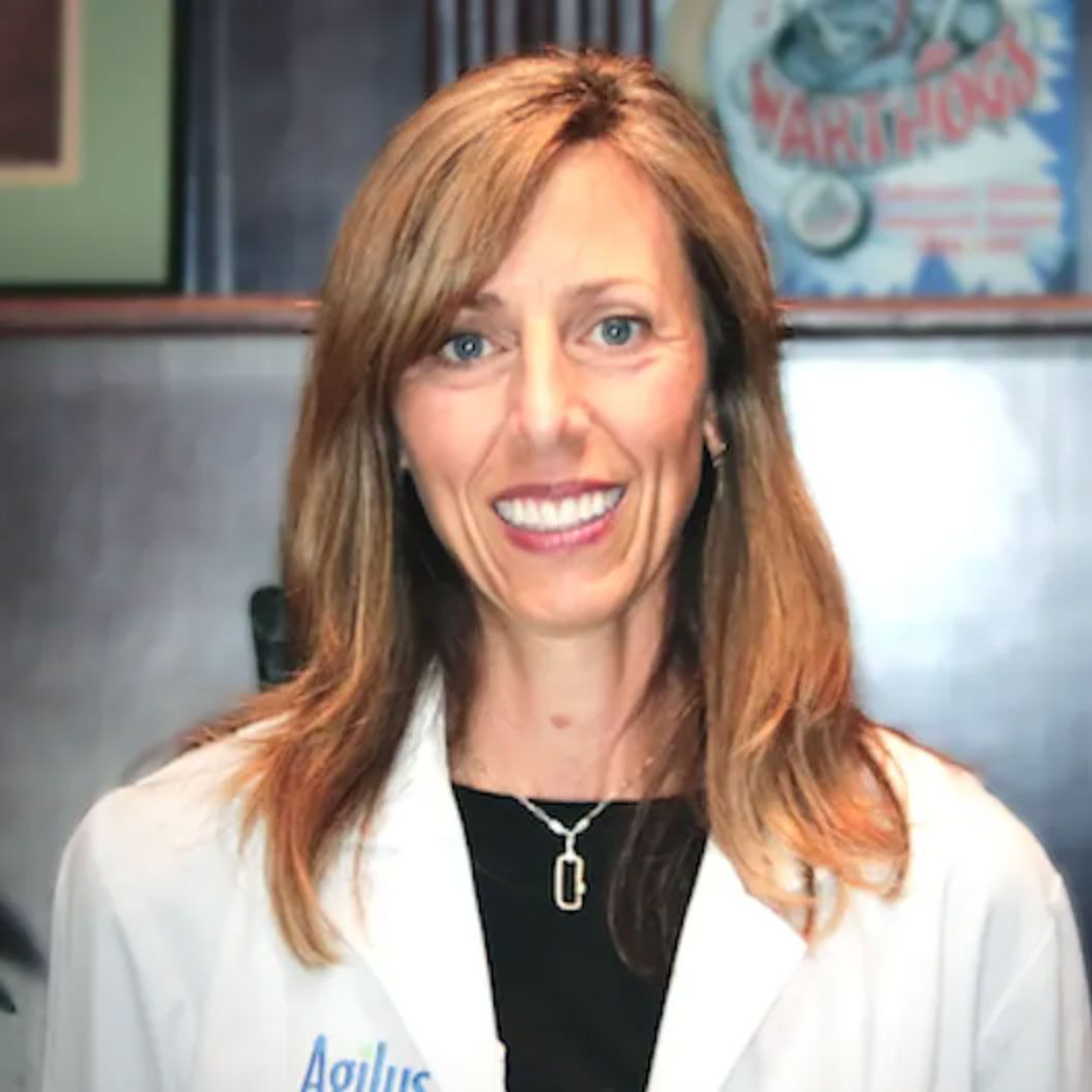 Julie Lavergne - unctional medicine doctor holistic doctor